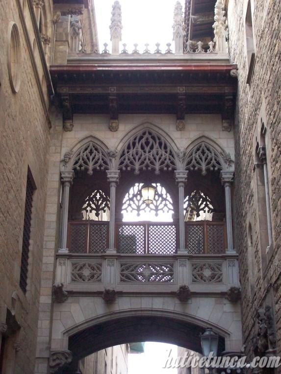 Gotik Mahalle