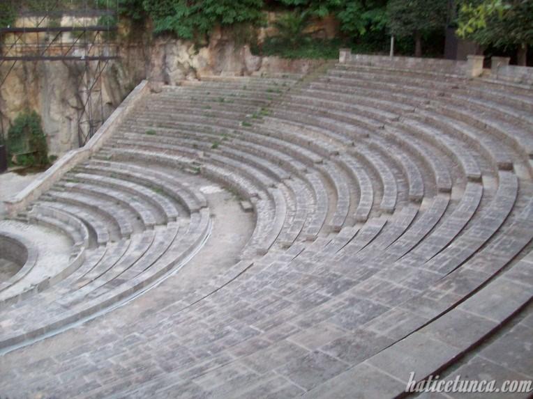 Yunan Tiyatrosu