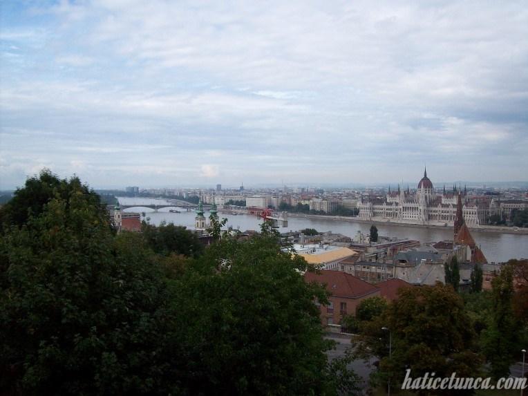 Balıkçılar Tabyası'ndan Budapeşte manzarası