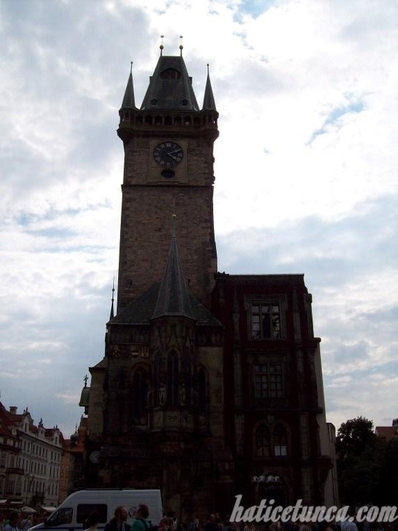 Astronomik Saat Kulesi