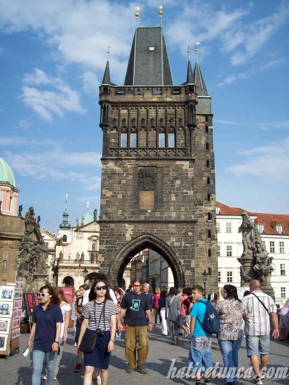 Eski Şehir Köprü Kulesi