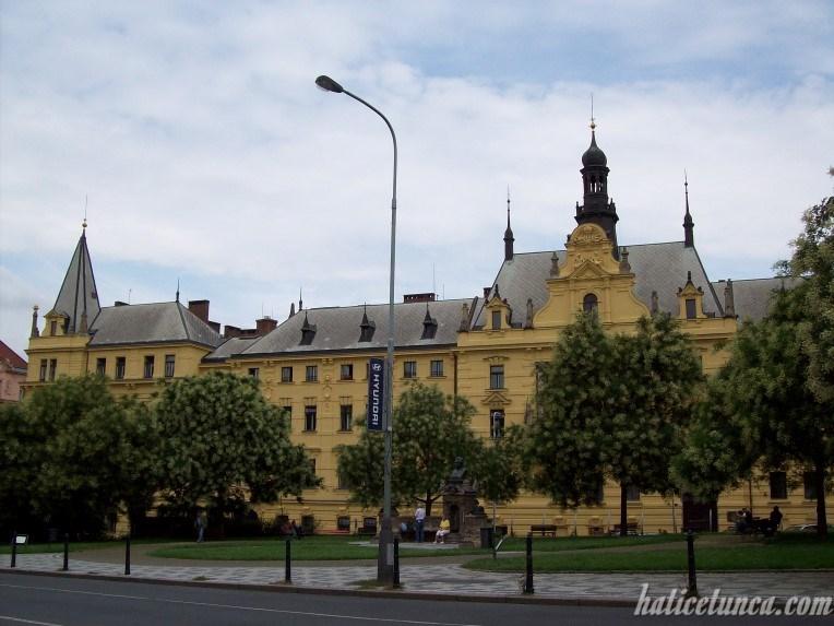 Karl Meydanı
