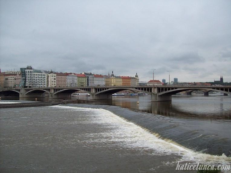 Jirásek Köprüsü