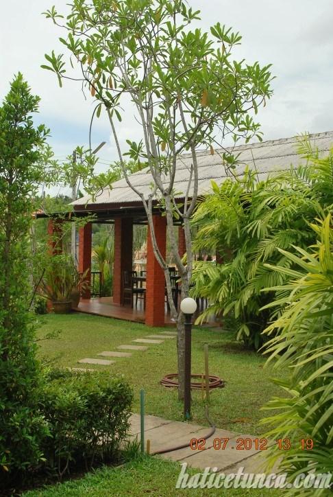 Tanamas bungalov