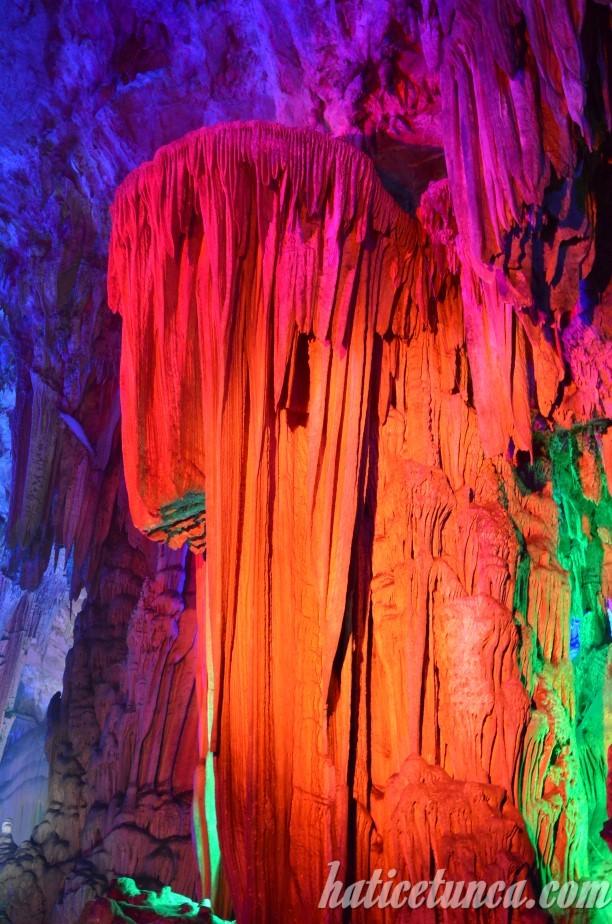 Kamış Flüt Mağarası