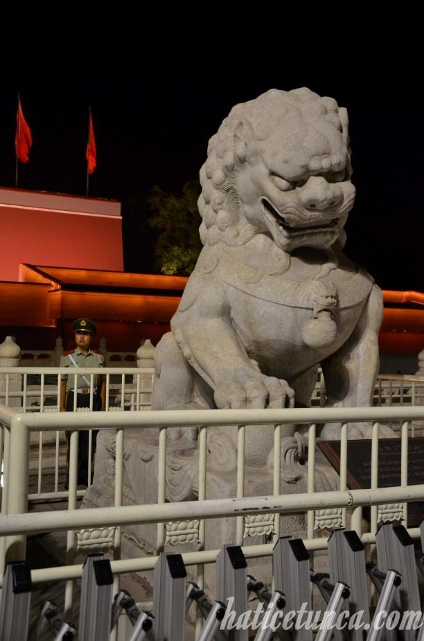 Tiananmen Lion Statue