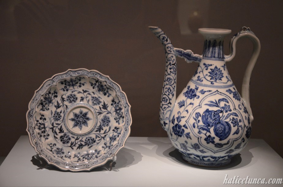 White Porcelain Ewer and Plate with Fruit and Flower Design
