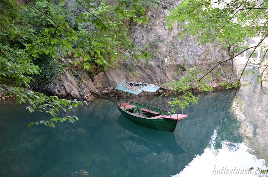Matka Kanyonu tekneler