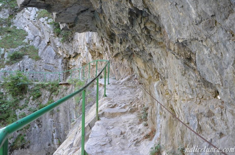 Matka Kanyonu yürüyüş yolu
