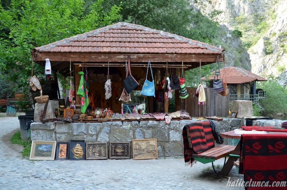 Matka Kanyonu hediyelik eşya dükkanı