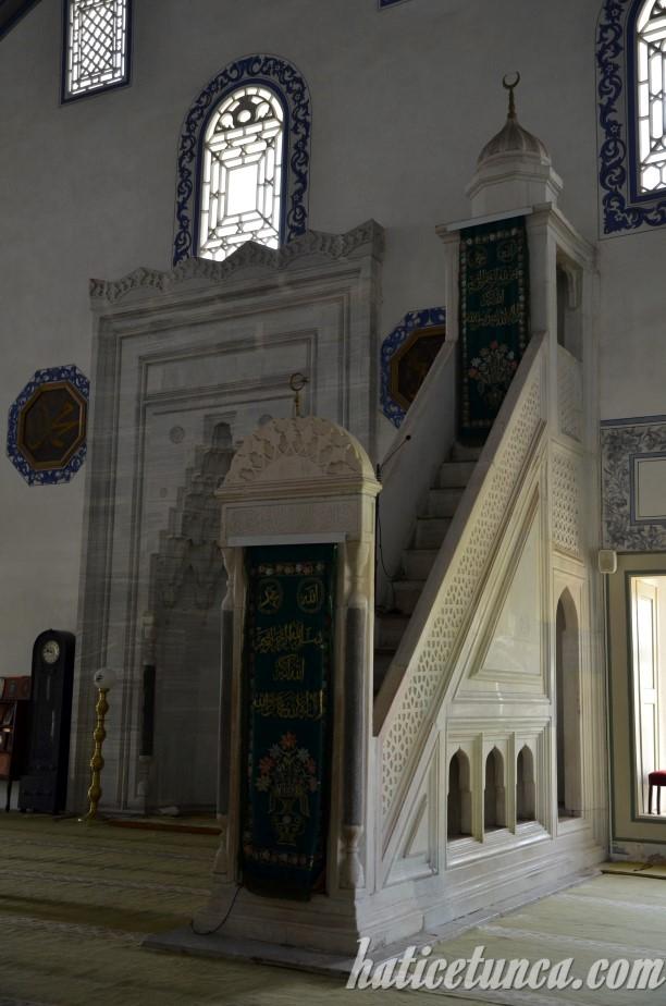 Mustafa Paşa Cami mihrap ve minberi
