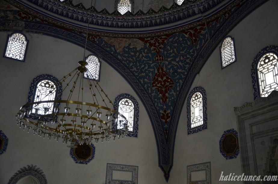 Mustafa Paşa Cami-iç mekan
