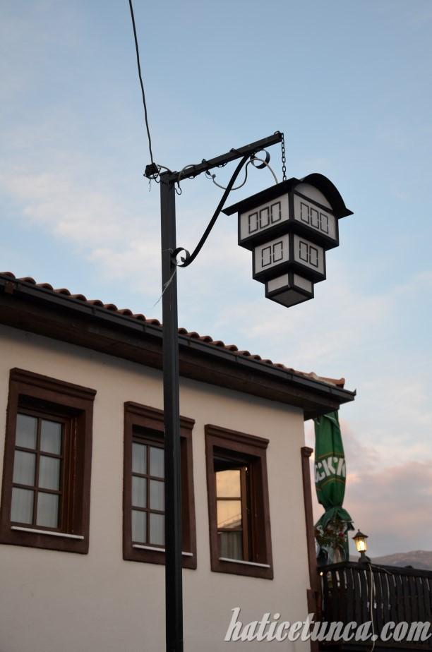 Sokak lambaları
