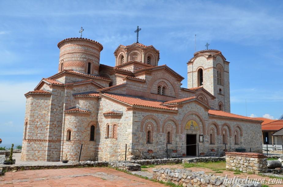 Aziz Kliment ve Panteleimon Kilisesi