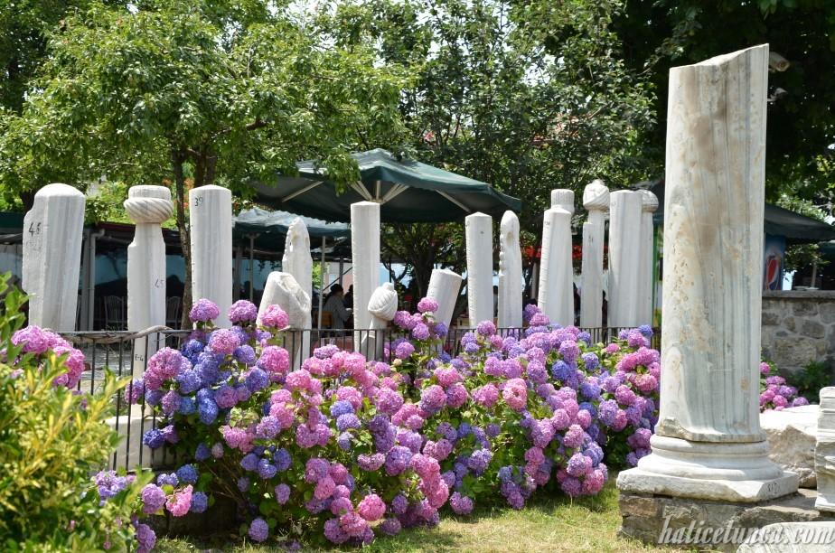 Ayasofya Müzesi-Mezar taşları