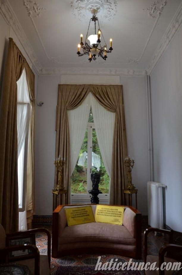 Atatürk Köşkü-Vesayet odası