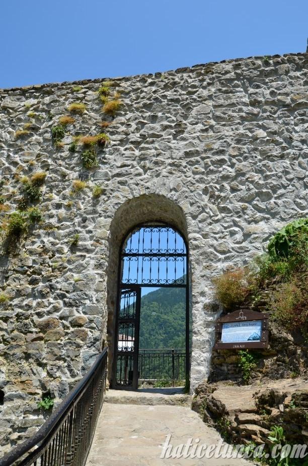 Zilkale-Giriş kapısı