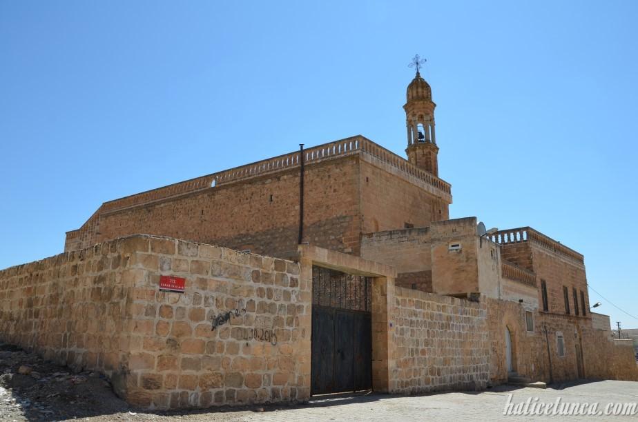 Mor Ahısnoya Kilisesi